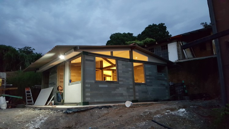 Recycled Plastic Bricks make homes for just $5,200