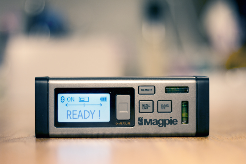 Bilateral Laser Distance Measurer