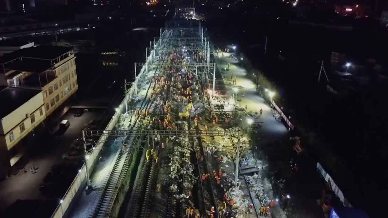 1,500 Workers Build Railway Station in just 9 Hours